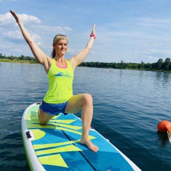 WOGA Stand up paddle Yoga auf dem Wasser